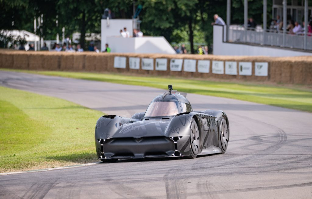 McMurtry Spéirling being driven by Derek Bell MBE at the Goodwood Festival of Speed